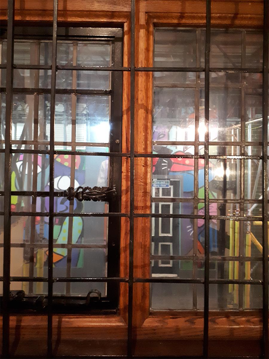 Liberty London Blame it on art (6)
