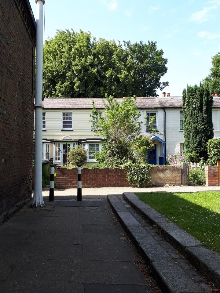 Walthamstow Village, blameitonart (4)