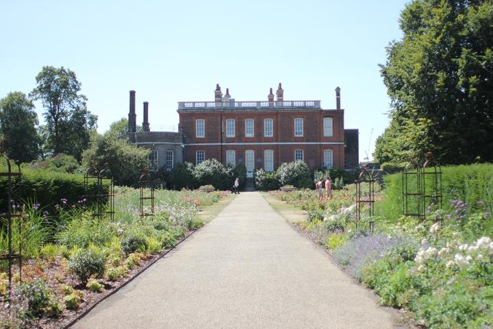 High walks in Greenwich park, blameitonart (5)